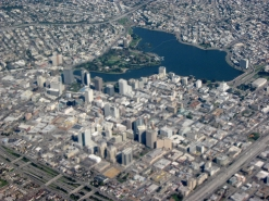 closeup_aerial_view_of_downtown_oakland_and_lakeside_park